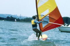 02-.-Aout-1983-le-Grand-Large-Meyzieu-planche-a-voile-Base-AS